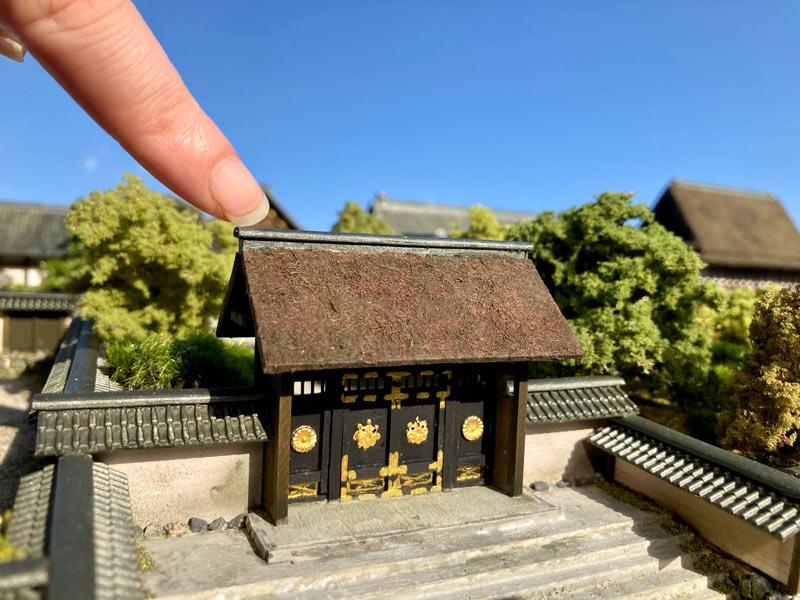 国宝の唐門(宗秀斎さん提供)